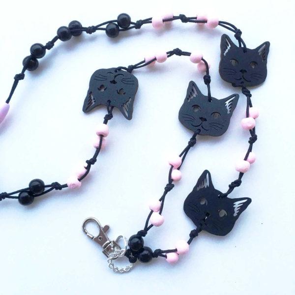 Kissan nassu - avainnauha 4